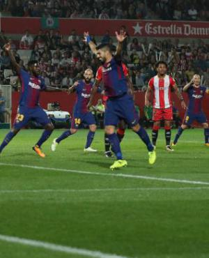 Suárez celebra un gol en el partido Giron vs. Barcelona. Foto: Reuters.
