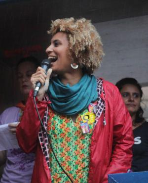 Marielle Franco en un acto. Foto: @mariellefranco / Twitter.