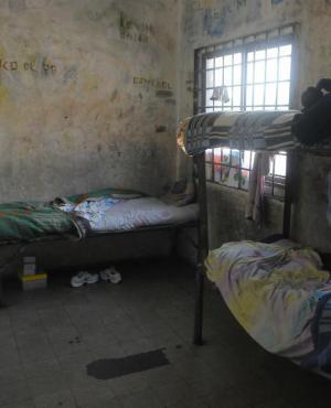 Habitaciones celdas en el Centro Desafio del inisa. Foto: Fernando POnzetto.