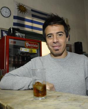 El polifacético Rafael Cotelo en dos funciones.