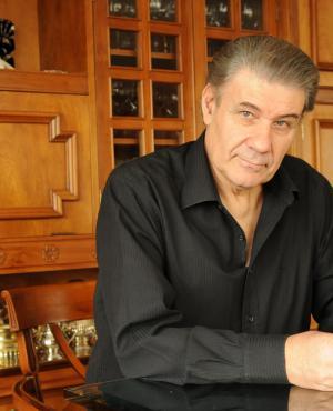 Víctor Hugo Morales.
