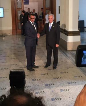 Tabaré Vázquez reunido con Tedros Adhanom Ghebreyesus, director de la OMS. Foto: Nicolás González.