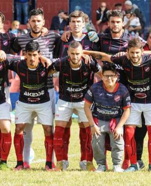 El equipo de Atenas que consiguó el ascenso.