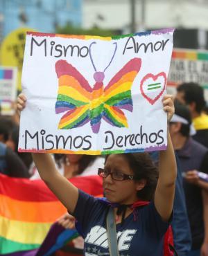Crímenes y situación de violencia contra la población LGBT son denunciados. Foto: El Mercurio (GDA)