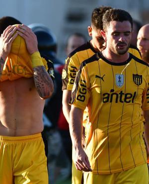 Bajón. El de los futbolistas auriengros tras perder los dos primeros puntos en el torneo Apertura. Foto: Nicolás Pereyra