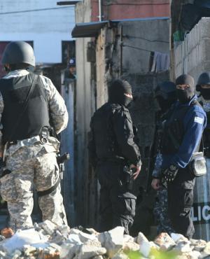 Operativo en Los Palomares. Foto: Francisco Flores