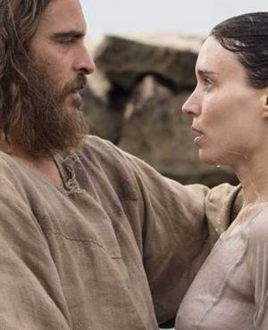 """Rooney Mara y Joaquin Phoenix en """"María Magdalena"""". Foto: difusión"""