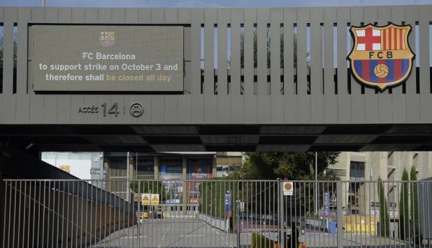 Camp Nou cerrado. Foto:  AFP
