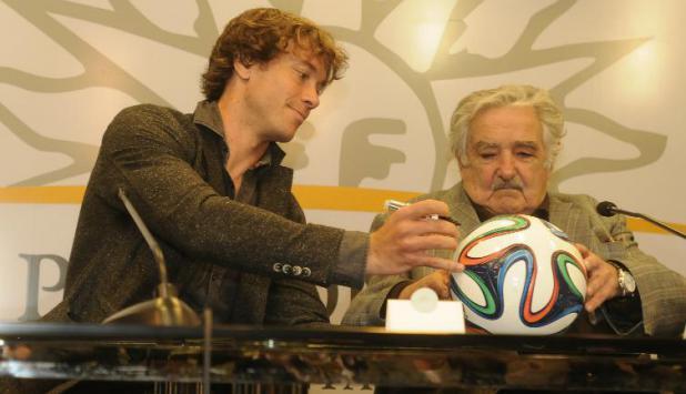 Mujica y Lugano en Torre Ejecutiva. Foto: Archivo El País.
