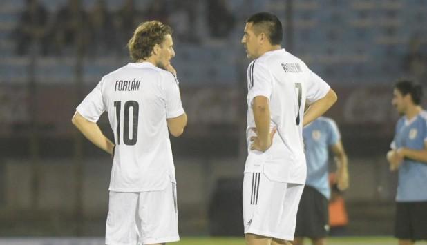 Diego Forlán y Juan Román Riquelme