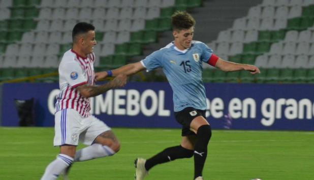 Facundo Waller en el triunfo de Uruguay frente a Paraguay. Foto: @Uruguay.