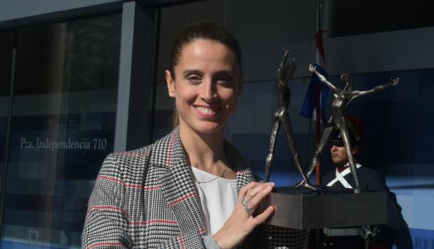 """María Noel Riccetto volvió a Uruguay luego de recibir el """"Oscar"""" de la danza en Moscú. Foto: Ariel Colmegna"""