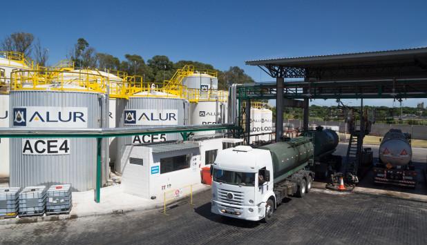 ALUR. La empresa procesó 318.000 litros de aceite de frituras el año pasado. Foto: Gentileza ALUR.