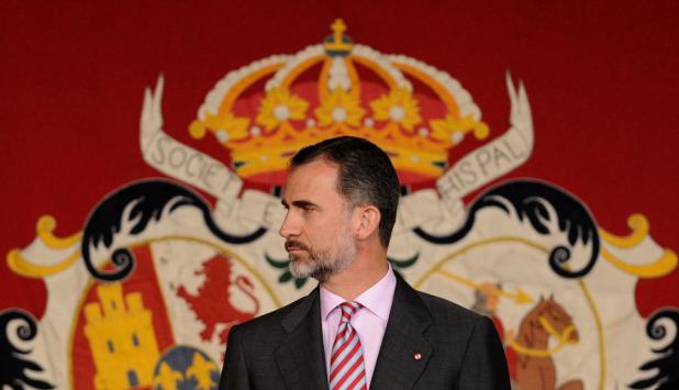 Felipe apunta a sostener la monarquía jaqueada por hechos de corrupción. Foto: AFP.
