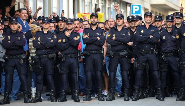 Policía catalana. Foto: Reuters