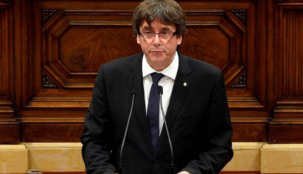 Carles Puigdemont durante su declaración en el Parlament. Foto: AFP
