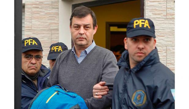 El contador Víctor Manzanares al momento de su detención. Foto: La Nación   GDA