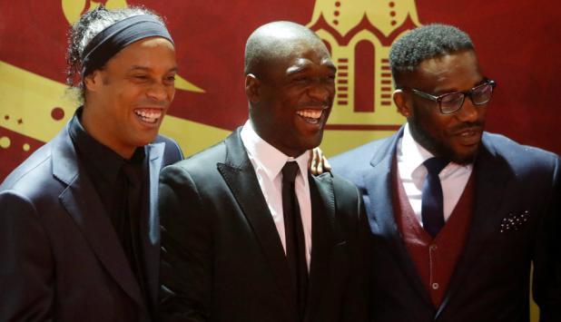 Ronaldinho, Seedorf y Jay-Jay Okocha. Foto: Reuters
