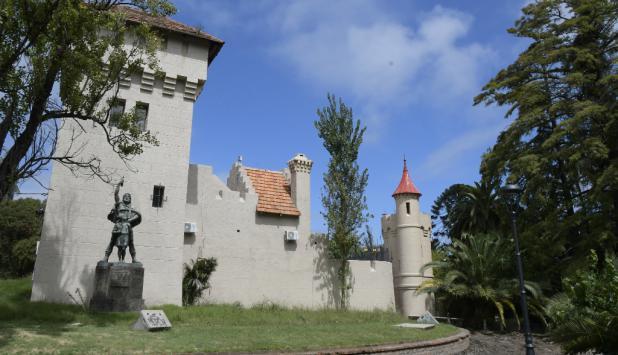 Las obras para reconstruir el Castillo del Parque Rodó tardaron seis años y los vecinos están ansiosos por su reinaguruación. Foto: Leonardo Mainé