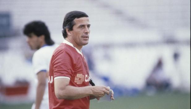 Óscar Washington Tabárez durante un entrenamiento de Uruguay en Italia 1990. Foto: Archivo El País