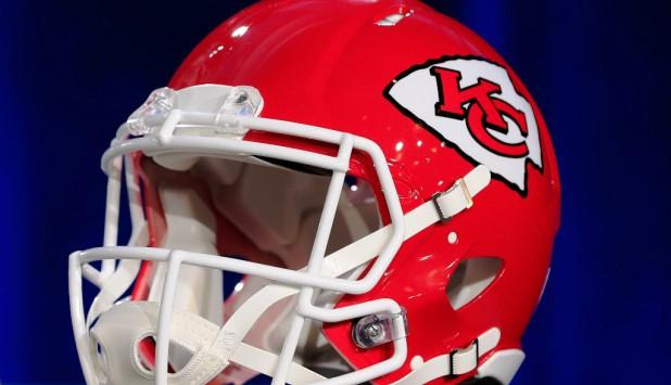 Casco de Kansas City Chiefs