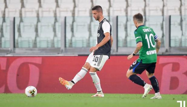Rodrigo Bentancur en el duelo entre Juventus y Atalanta. Foto: @juventusfc