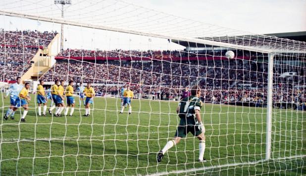 Gol de Bengoechea a Brasil 1995