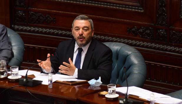 Mario Bergara este viernes en el Parlamento. Foto: Francisco Flores