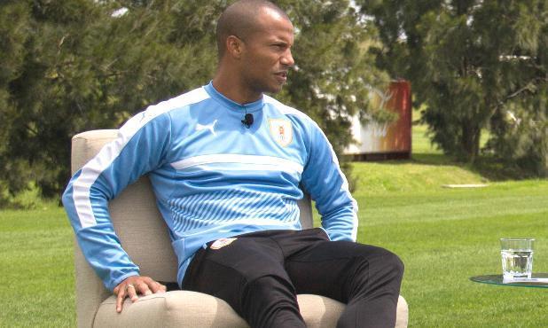 Carlos Sánchez en la entrevista con U-RU-GUAYO. Foto: DirecTV