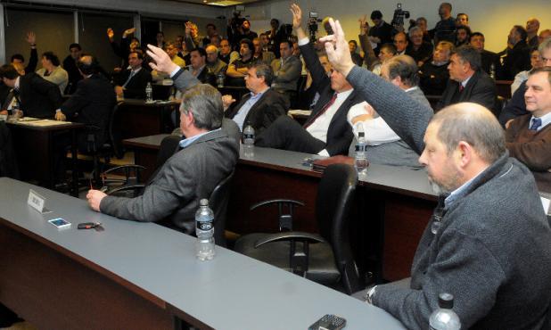 Hoy. El Consejo de Liga tratará temas importantes, no sólo el inicio del Torneo Clausura. Foto: Leonardo Carreño