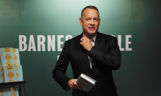 Tom Hanks en el lanzamiento de su primer libro