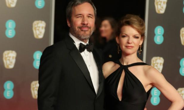 El director Denis Villeneuve junto a su esposa en el premio de la academia británica de cine