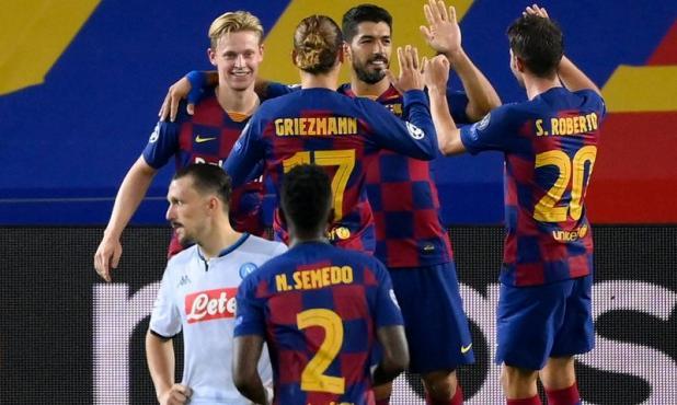 Luis Suárez celebra su tanto en el Barcelona-Napoli. Foto: AFP.